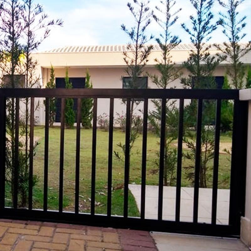 Comprar Esquadrias de Alumínio Portões Residencial Campo Florido - Esquadrias de Alumínio