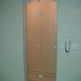 busco por porta de vidro para banheiro Vila Gênesis