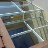 loja de cobertura de pergolado com vidro Jardim Santa Odila