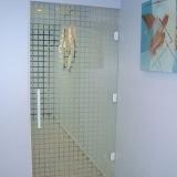 porta de vidro de abrir Valinhos