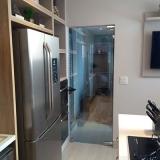 procuro por porta de vidro para cozinha Jardim Esmeraldina