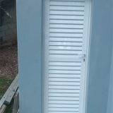 quanto custa esquadrias de aluminio portas Jardim Fernanda II