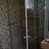 valor de box de vidro para banheiro até o teto Americana